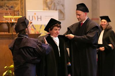 Joan Tronto ontvangt eredoctoraat